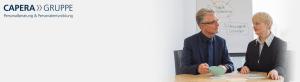 Andreas Claussen im Gespräch mit einer Kandidatin